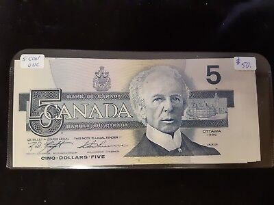 1986 $5 Five Dollar Canadian Note, 5 Consec, UNC, ANN8189508-12 - Plastic Holder