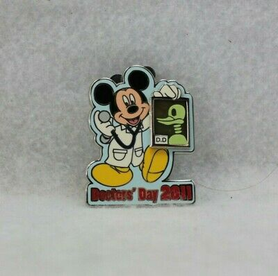 Disney Parks Pin LE 1000 2011 Doctor's Day Doctors X-Ray Mickey Mouse
