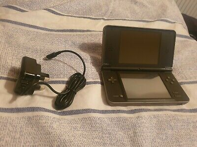 MODDED NINTENDO DSI Black 8gb Card Charger case Unlaunch