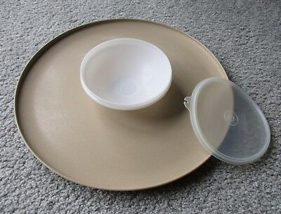 Vintage Tupperware Large Round Serving Tray with Dip Bowl & Seal #492