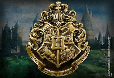 Harry Potter : HOGWARTS SCHOOL CREST WALL ART from The Noble Collection NOB7741
