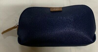 Lufthansa Airlines Business Class Travel Kit in Blue Leather / Navy