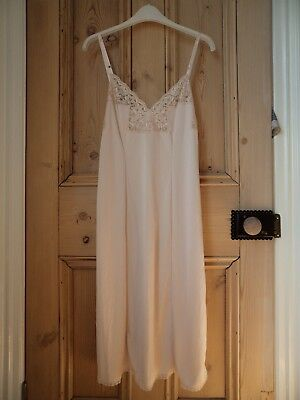 New No Tags Vintage Charnos Nude Silky Glossy Full Slip Petticoat Lace Size 16