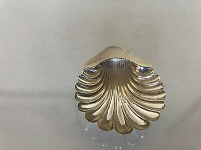 Very Nice Solid Silver George V Shell Shaped Dish 38 Grams (London 1911)