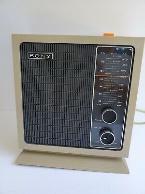 Vintage 1971 Sony 8F-11W 2 Band 10 Transistor Tabletop AM/FM Radio Work Well