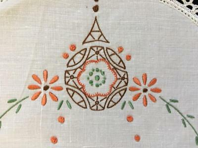 EMBROIDERED DOYLEY c1940's LARGER SIZE