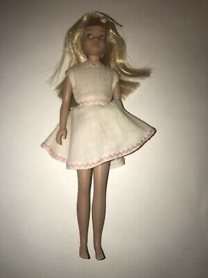 Vintage Mattel Barbie SKIPPER Blonde Platinum Hair DOLL #950 Straight Leg SL