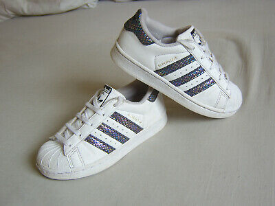 ce69690e80 Pair Of Girls Or Boys White Adidas Superstar Trainers Size Uk 11 Euro 29.