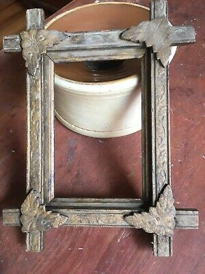 Antique Early Primitive Small Tramp Art Picture Frame Picture Size 6 1/2 X 4 1/4