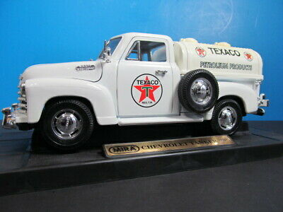 Mira 1953 Chevrolet Texaco 1:18 Scale Die-Cast Tanker Pick Up Truck