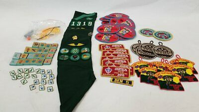 Lot Girl & Boy Scouts of America Patches Pins & S