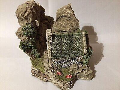 Lilliput Lane-St Govan's Chapel In Excellent Condition(boxed With Deed)