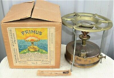 As new unused Primus No 5 kerosene pressure stove in original box, undented.