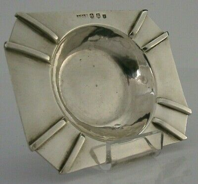 STUNNING SCOTTISH STERLING SILVER ARTS AND CRAFTS ASHTRAY 1945 PLANNISHED 64g