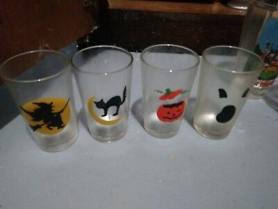 Set Of 4 VTG Small Halloween Glasses Boo Ghost Witch Jack o Lantern Black Cat