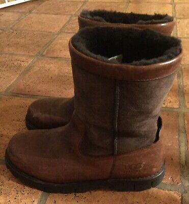 513df91589d UGG MEN SIZE 8 Brown Distressed Leather Boots (SHOE 3) - $19.99 ...