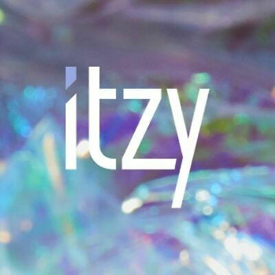 ITZY - IT'z ICY ALBUM CD + 2 PHOTOCARDS + PHOTOBOOK + POSTER + TRACKING, SEALED