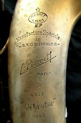 SUPER RARE ANTIQUE ALTO SAXOPHONE 'L.PIERRET A PARIS VIBRATOR'. SAXOPHONE 1936's