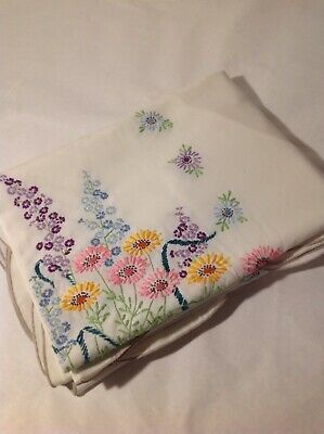"""Vintage Multicolored Floral Tablecloth Hand Embroidered 84"""" X 56"""" rectangle 6-8"""