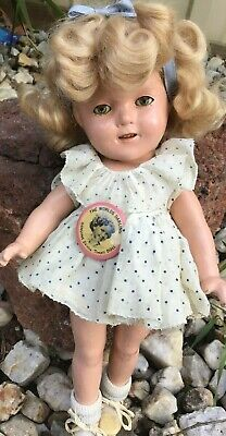 Very rare Shirley Temple composition doll 13' completely original rare 1930s