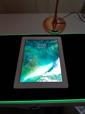 Ex governemnt Apple iPad 4th Gen. 16GB, Wi-Fi, 9.7in - White & Silver (AU Stock)