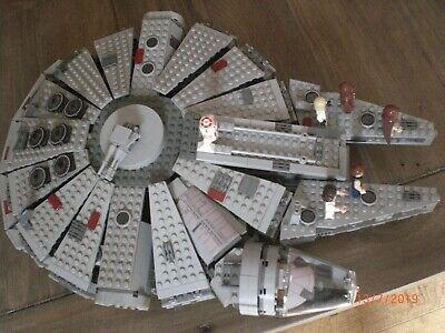 Lego Star Wars Millenium Falcon Nice With Minifigs