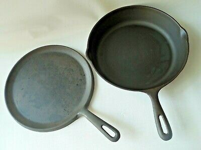 """2 Cast Iron Frying Skillet 10 1/2"""" & Griddle Pancake 9.5"""" Clean Seasson Great"""