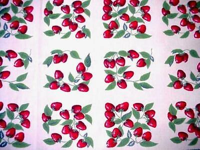 Vintage STRAWBERRY Printed Cottage Tablecloth SUMMER BERRIES Hand Crochet Edge