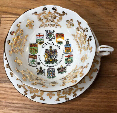 Paragon CANADA COAT OF ARMS & EMBLEMS Bone China TEA CUP & SAUCER EUC