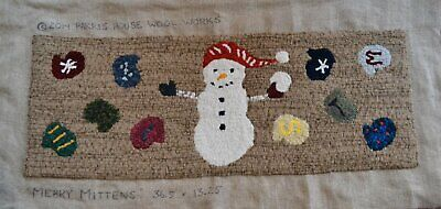 "36.5"" x 13.25"" Rug Hooking Kit - ""Merry Mittens"""