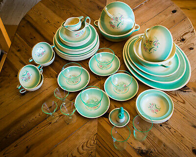 Susie Cooper - Dresden Spray.  c. 1935   Dinner set