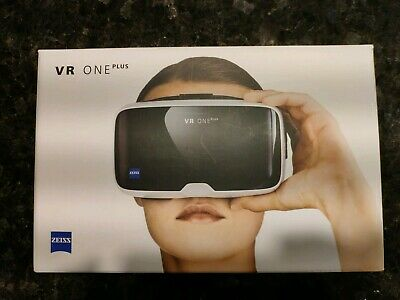 Zeiss VR One Plus Mobile Virtual Reality Headset