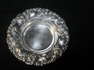 Antique Alvin #464 Sterling Silver Repousse Candy / Nut Bowl (Beautiful) 61 Gms