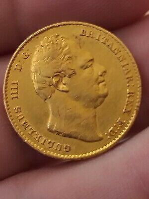 1833  KING WILLIAM IV  22ct GOLD FULL SOVEREIGN VERY COLLECTABLE COIN