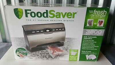 FoodSaver 3800 Series Fully Automatic Vacuum Sealing System + Bags Sheets Combo