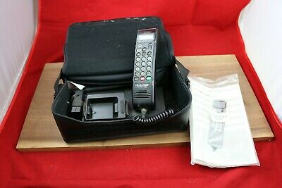 Vtg 90's Motorola Cellular Mobile Car Bag Phone Cell Brick SCN2449A and Manual