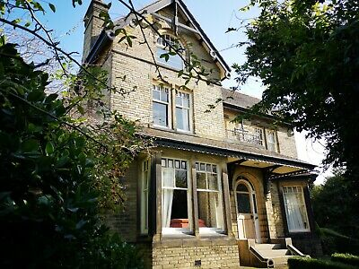 Yorkshire Big self catering House ideal for celebrations sleeps 20