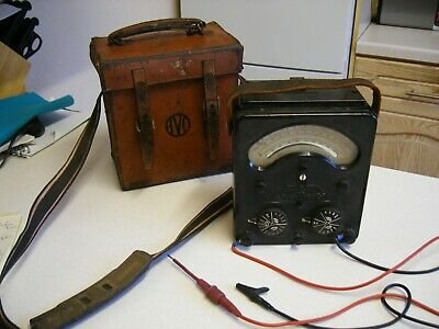 1942 Universal Avometer Model 48A & Leather Case (2169)