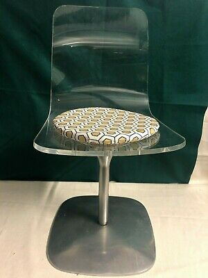 Iconic 1960's Retro Chair on a Chrome base with Original Cushion ***FABULOUS***