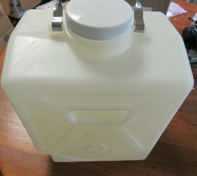 Thermo Scientific Nalgene 2303-0050 Rectangular HDPE Carboy w/ Tubulation, 20L