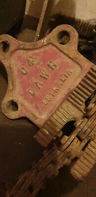 Vintage Dawn 4C Pipe Vice