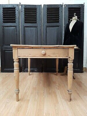 Delightful Antique Pine Farmhouse Table - C1940