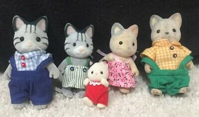 Calico critters/sylvanian families Fisher Cat family of 5