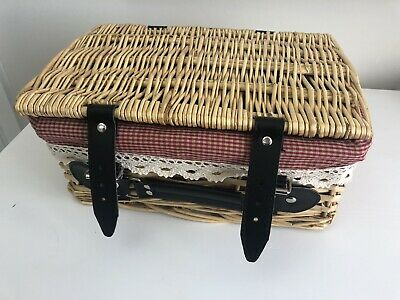Picnic Basket Small With Handle And Latches New Unused