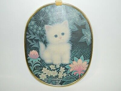 """Vintage K Chin Sad White Cat Kitten with Flowers 1970s Wall 12"""" Hanging"""