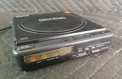 Sony Discman D-40 D40 Compact Portable CD Player - Includes Original AC Adapter