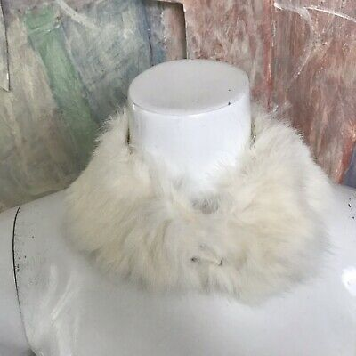 Vintage Baar & Beards White Angora Rabbit Fur Collar