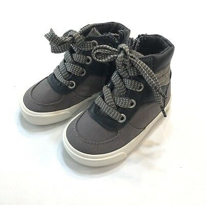 Old Navy Toddler Boys Shoes Size 5 High Tops Boots Gray Black Laces/Zipper NWT