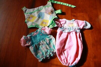 Cabbage Patch Kids - small bundle of clothes