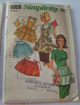 1966 Simplicity One Size Apron Sewing Pattern - Complete With Instructions